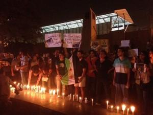 Mahnwache in Beirut, bei der der UN eine Petition für die Untersuchung der Vorfälle überreicht wurde, 21.08. (Foto: Bente Scheller)